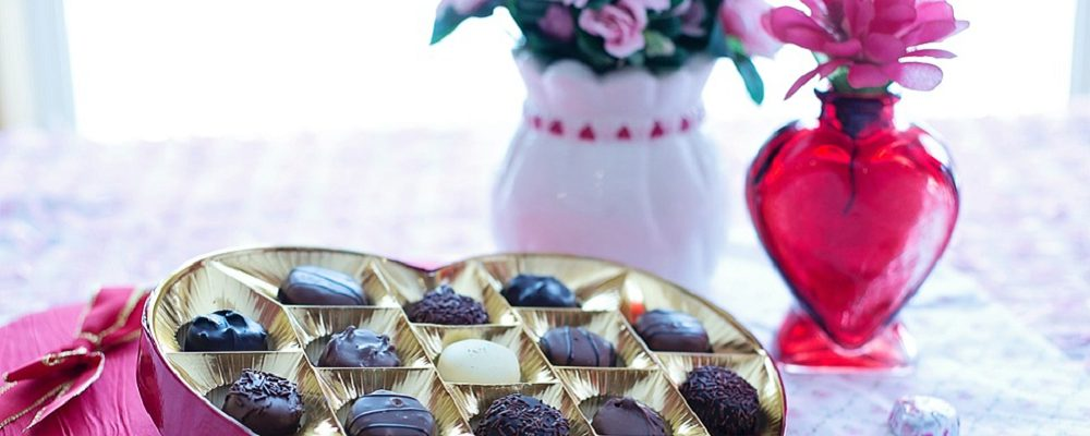 A Handy Guide to Saving on Some of the Most Popular Valentine's Day Gifts