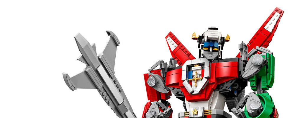The New LEGO Voltron Set Is Every 80's Kids Dream Come True