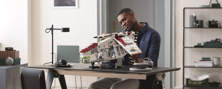 LEGO Adds a 3292-Piece Star Wars Republic Gunship to the Ultimate Collector Series (UCS)